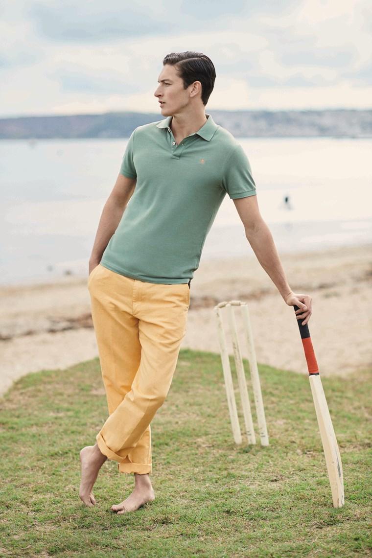 Polo μπλουζάκι, το κομμάτι - κλειδί του καλοκαιρινού smart casual look