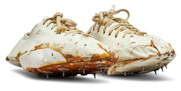 Στο σφυρί ένα από τα πιο σπάνια και ιστορικά sneakers της Nike