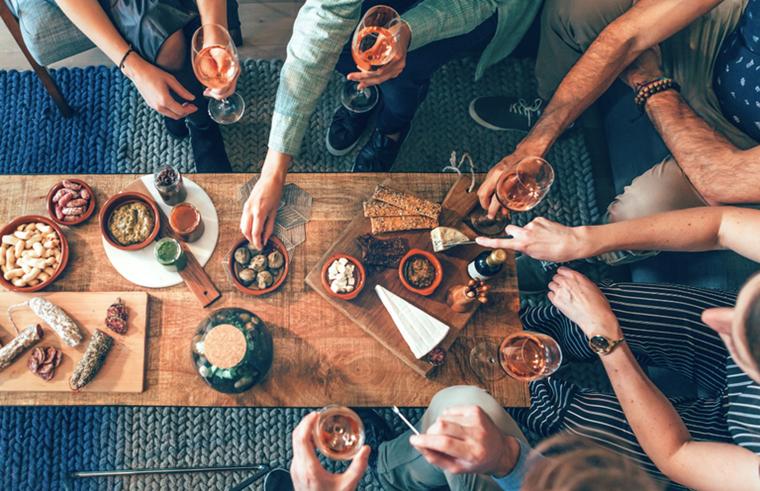 Πώς θα πετύχεις το τέλειο cocktail and food pairing