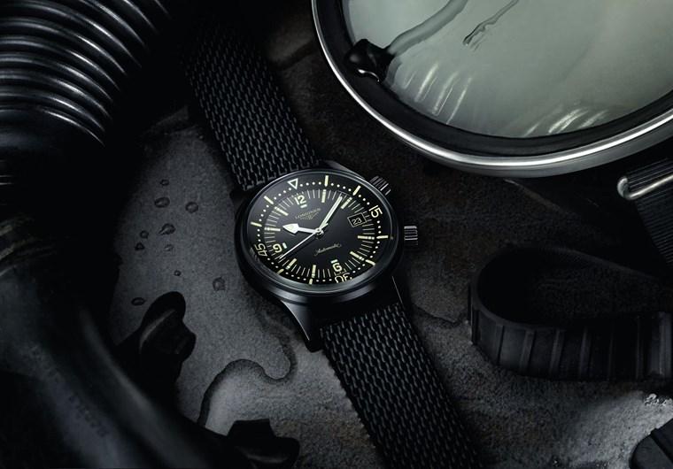 9c60c96c5d 4 ανθεκτικά ρολόγια για να φορέσεις στις διακοπές