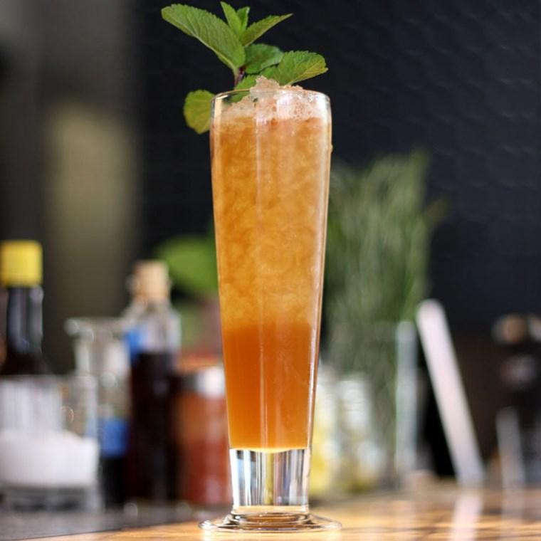 Αυτά τα cocktails με ρούμι πρέπει να τα δοκιμάσεις