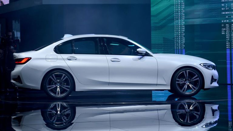 H νέα BMW Σειρά 3 αναβαθμίζει το ιστορικό σπορ sedan