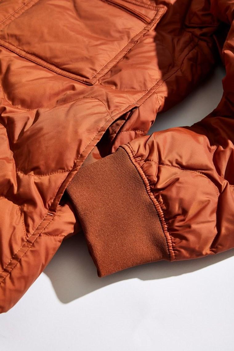 Το puffer jacket πάει με τα πάντα
