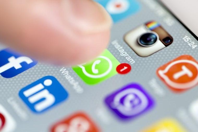 Το κόλπο για να κάνεις save τα μηνύματα του WhatsApp