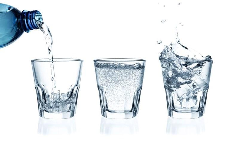 Μύθοι και αλήθειες για το ανθρακούχο νερό