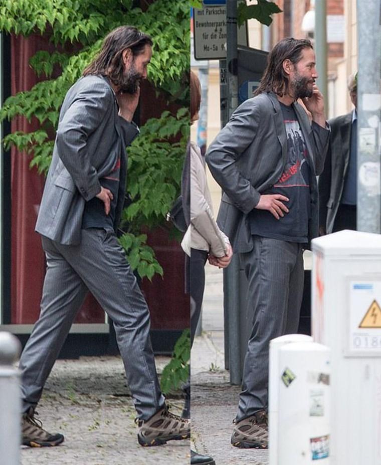 Μόνο ο Keanu Reeves μπορεί να συνδυάσει έτσι το κοστούμι