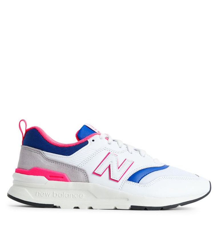 3d7b8e46a16 10 περιζήτητα φετινά sneakers και trainers