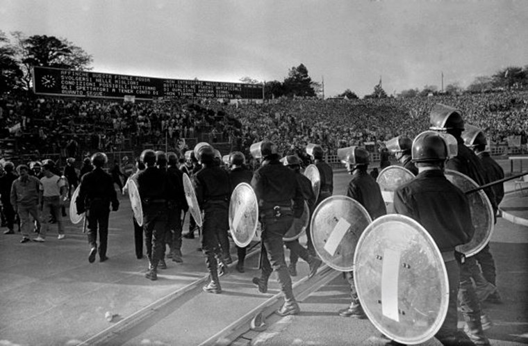 ΤΡΑΓΩΔΙΑ ΧΕΪΖΕΛ 1985 4