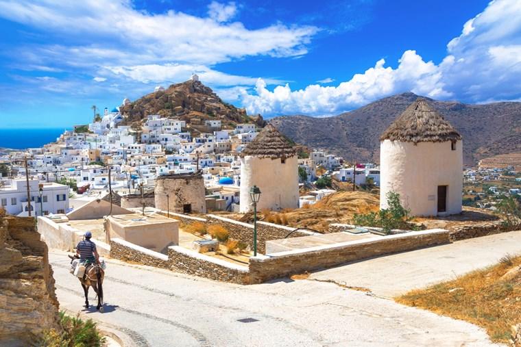 4 φανταστικά ελληνικά νησιά γι' αυτό το καλοκαίρι
