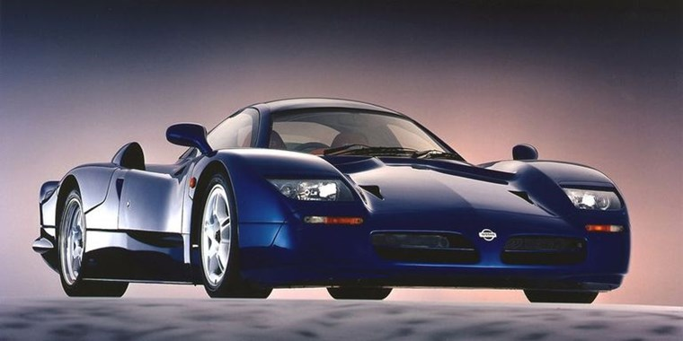 SUPERCARS ΤΩΝ 90S NISSAN R390
