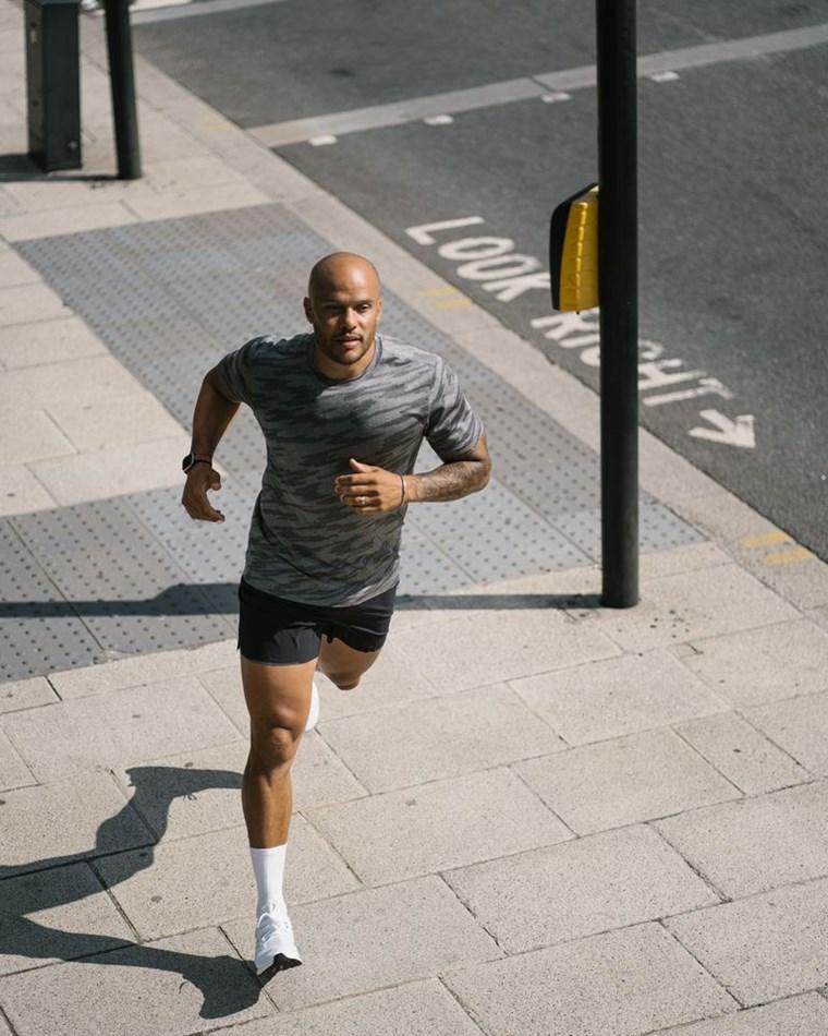 Oι 7 κανόνες του Harry Jameson για να γίνεις κυρίαρχος στο γυμναστήριο