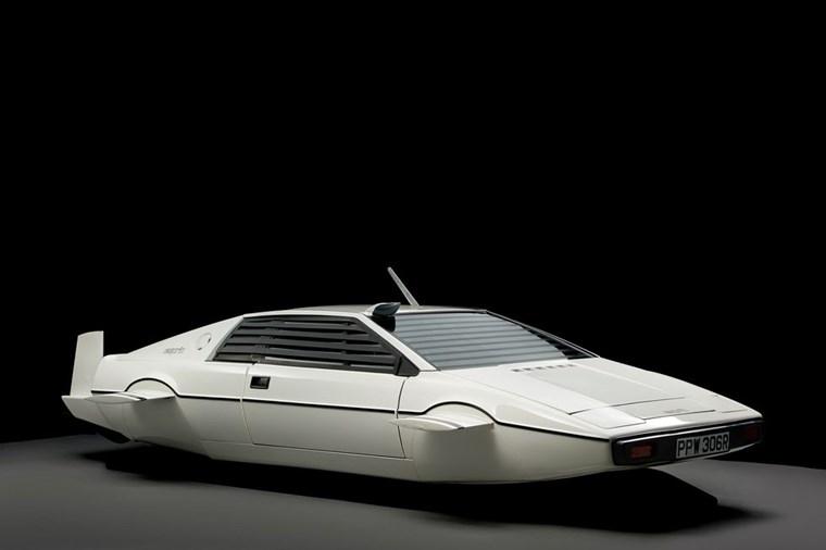 ΑΥΤΟΚΙΝΗΤΑ ΤΖΕΙΜΣ ΜΠΟΝΤ Η Lotus Esprit S1 'Wet Nellie' του 1977 από το The Spy Who Love Me