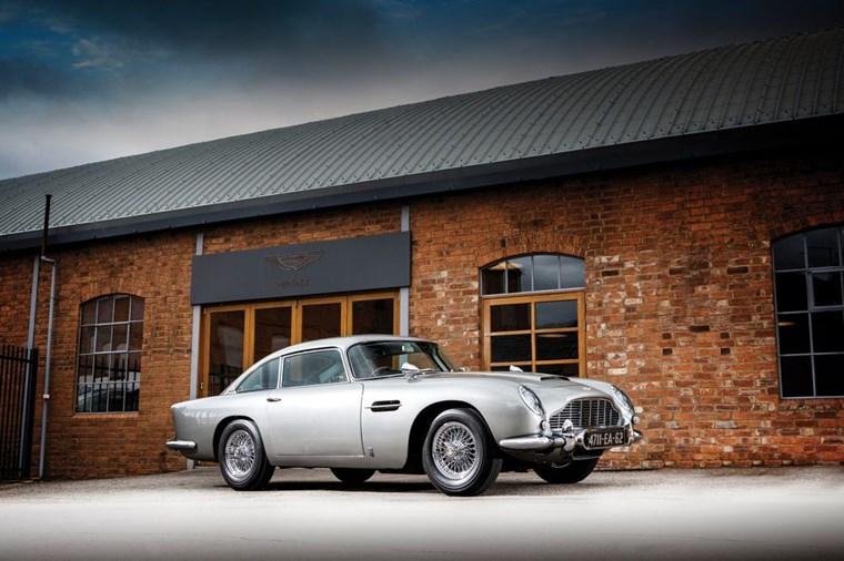 ΑΥΤΟΚΙΝΗΤΑ ΤΖΕΙΜΣ ΜΠΟΝΤ Η Aston Martin DB5 του 1965 από τα Thunderball και Goldfinger