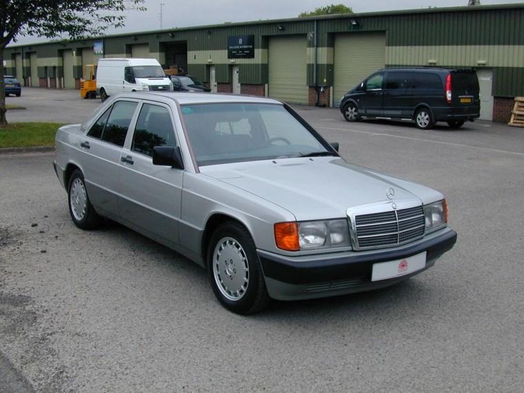 ΑΥΤΟΚΙΝΗΤΑ ΤΖΕΙΜΣ ΜΠΟΝΤ Η Mercedes-Benz 190E του 1991 από το No Time to Die