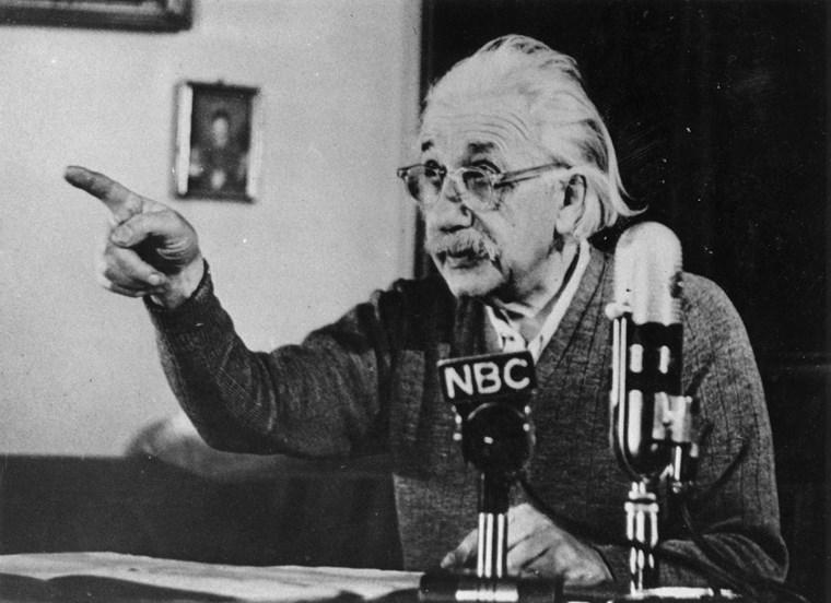 Άλμπερτ Αϊνστάιν φράσεις 8