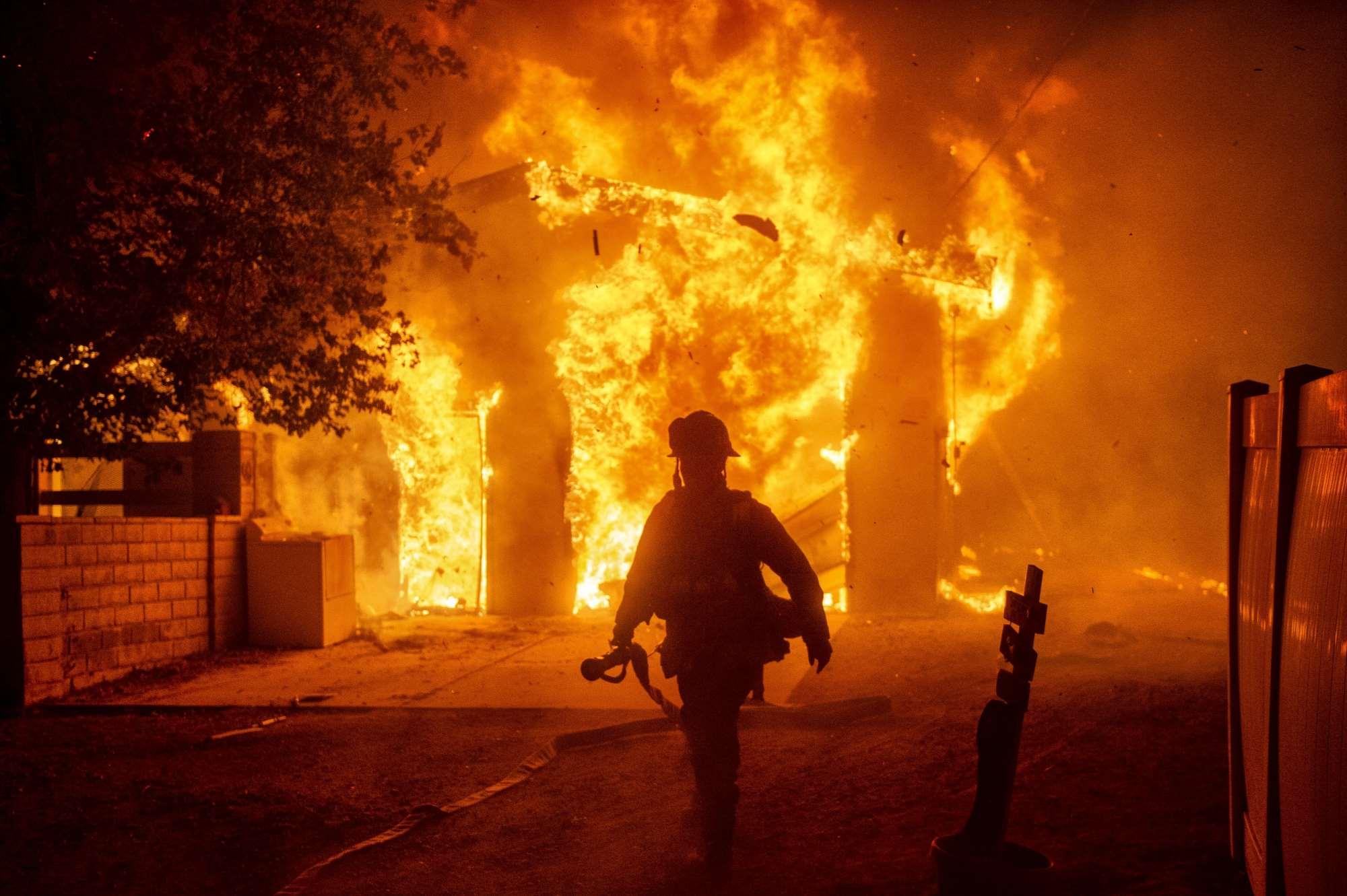 Φωτογραφίες από τις φωτιές στην Καλιφόρνια