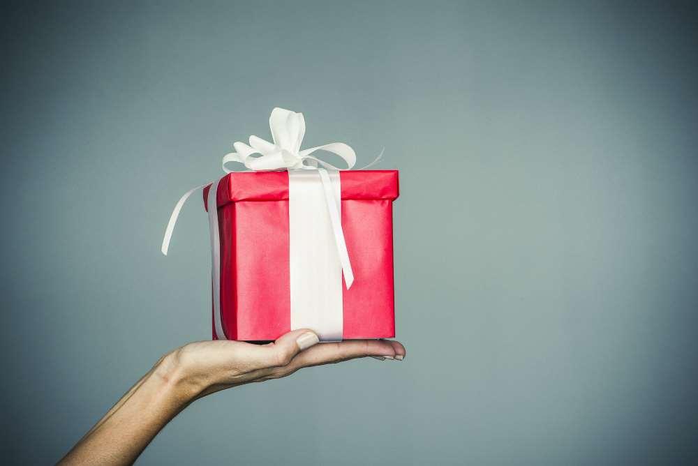 12 διαφορετικά δώρα για τις φετινές γιορτές